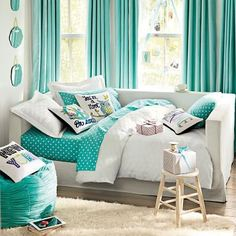 Bedrooms I Like On Pinterest Pb Teen Peace Signs And Pottery Barn