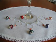Wine Charms - Create The Right Wine Decisions Using Expert Tips Wine Glass Markers, Wine Glass Crafts, Wine Bottle Crafts, Glass Jewelry, Beaded Jewelry, Wine Tags, Painted Wine Glasses, Wire Crafts, Wine Charms