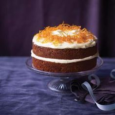 Paul Hollywood's ultimate carrot cake recipe. This carrot cake is fabulous, easy… Paul Hollywood Ultimate Carrot Cake, Ultimate Carrot Cake Recipe, Carrot Cake Recipe Without Nuts, Carrot Cake Topping, Easy Carrot Cake, Carrot Cakes, Bolo Fit, British Baking, Gastronomia
