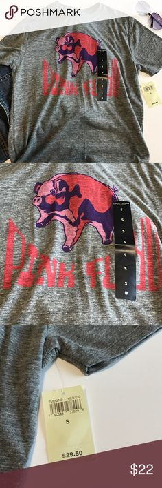 Lucky Brand Pink Floyd Cotton T-Shirt Small Lucky Brand Pink Floyd Cotton T-Shirt Size: Small New with Tags. Retails $29.50 Lucky Brand Shirts Tees - Short Sleeve