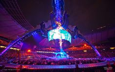 U2's 360 tour was one of the most amazing I've seen...