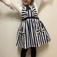 リボンの可愛い(≧∇≦)キッズエプロン♪の作り方 ソーイング 編み物・手芸・ソーイング ハンドメイド   アトリエ Childrens Aprons, Kids Apron, To My Daughter, Kids Outfits, Sewing, Handmade, Crafts, Clothes, Vintage