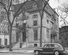 A Belle Epoque mansion which still stands at 503 Wrightwood, c.1949. Francis Dewes Mansion