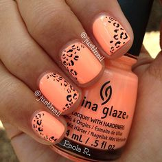 Image via nail art orange Nail Art Orange, Orange Nails, Orange Pink, Love Nails, Fun Nails, Pretty Nails, Leopard Print Nails, Peach Nails, Prego