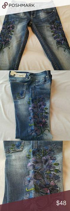 86a9f9a2c980 NWT Grace in LA Skinny Distressed Jeans NWT Grace in LA Skinny Distressed Jeans  with embellishments