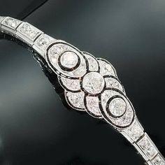 diamond bracelet   More on the myLusciousLife blog: www.mylusciouslife.com