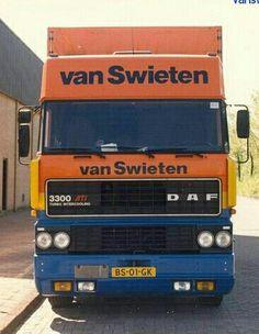 DAF FA 3300 ATi 4x2 spacecab met huifaanhanger van Van Swieten in Amsterdam