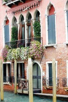 VENEZIA Pergola, Arch, Outdoor Structures, Italy, Garden, Longbow, Italia, Garten, Outdoor Pergola