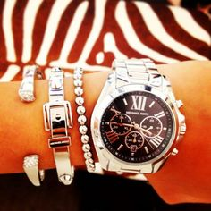 Michael Kors Watches Women #Michael #Kors #Watches Shop at http://www.clearancemks.com/