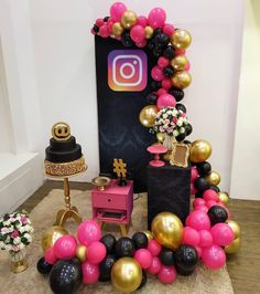 Festa conectada Birthday Party For Teens, 12th Birthday, Diy Birthday, Birthday Party Decorations, Balloon Garland, Balloon Decorations, Balloons, Baby Shower Cake Pops, Baby Shower Fun
