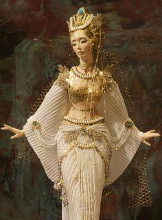images of sasha khudyakova dolls Ooak Dolls, Barbie Dolls, Egyptian Costume, Egyptian Makeup, Enchanted Doll, Ball Jointed Dolls, Doll Face, Costume Design, Beautiful Dolls
