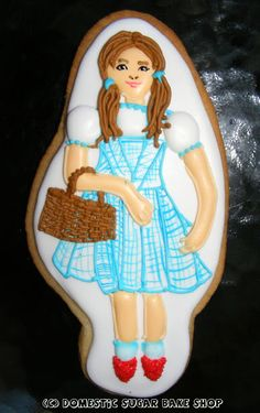 Domestic Sugar: Because Domestic Life is SWEET!: Wizard of Oz: Dorothy Cookie and my Cookie Recipe!