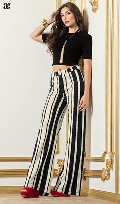 Swans Style is the top online fashion store for women. Shop sexy club dresses, jeans, shoes, bodysuits, skirts and more. Simple Fall Outfits, Fall Fashion Outfits, Cute Casual Outfits, Spring Outfits, Long Sleeve Mermaid Dress, Autumn Fashion Grunge, Striped Wide Leg Trousers, Estilo Jeans, 2 Piece Outfits