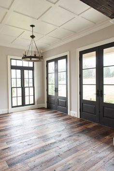 Southern Oaks Flooring installed and finished these random-width reclaimed rough top white oak floors to complement the rest of this stunning home. The floors have a matte finish and add a modern rustic aesthetic to the interior. Rustic White, Modern Rustic, White Oak Floors, Sweet Home, Southern, Rest, Flooring, Photo And Video, Random