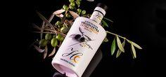 De la combinación de las mejores variedades de aceituna, Hojiblanca, Arbequina y Manzanilla , se obtiene el Aceite de Oliva Virgen Extra Hacienda Guzmán Ecológico. Un aceite 100 % verde con un aroma y fragancia que lo hacen único #AOVE #Andalucía