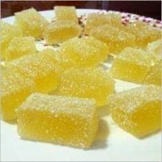 Домашний мармелад === Сок апельсиновый 100 мл -- сок лимонный 5-6 ст. ложек -- вода 100 мл -- сахар 1 стакан --  цедра апельсина и цедра лимона по 1 ст. ложке --  желатин 20 г.