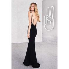 Элегантное вечернее платье с открытой спиной от итальянского...