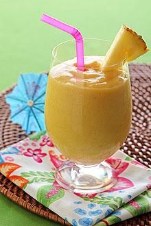 Oh my! 2 of my favorite fruits - bananas & mangos ... This sounds awesome, not mention healthy :)