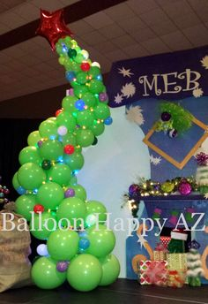 Dr. Seuss - Whoville Balloon Christmas Tree