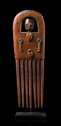 Africa | Comb from the Ashanti people of Ghana | Carved wood