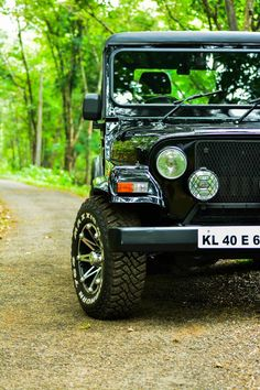 Road trips have to start somewhere. Mahindra thar m Desktop Background Pictures, Car Backgrounds, Studio Background Images, Background Images For Editing, Photo Background Images, Blurred Background, Background For Photography, Photography Editing, Nature Photography