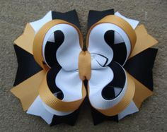 Satinado uniforme escolar Stacked Boutique Bow por IdleFingers