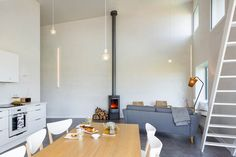 Gallery of House for a Photographer / Studio Razavi architecture - 22