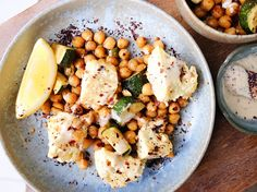 As if we couldn't love feta anymore! It adds great flavour and texture to this delicious chickpea salad. This is a must for your next summer BBQ! Runner Beans, Chickpea Salad, Summer Bbq, Pasta Salad, Feta, Potato Salad, Vegetarian Recipes, Chickpeas, Baking
