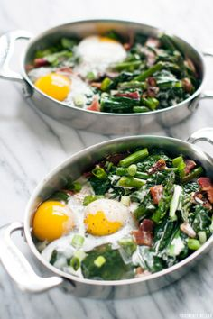 Baked breakfast eggs with kale and bacon. Without the bacon of course and add asparagus Egg Recipes, Paleo Recipes, Cooking Recipes, Breakfast Bake, Breakfast Recipes, Breakfast Ideas, Healthy Cooking, Healthy Eating, Healthy Food