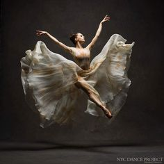 Lauren Lovette, New York City Ballet - © NYC Dance Project (Deborah Ory and Ken Browar) Ballet Nyc, City Ballet, Ballet Dancers, Ballerinas, Dancer Photography, Dance Project, Dance Movement, Dance Poses, Ballet Beautiful