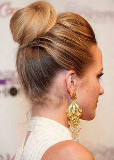 Mezuniyet Gecesine Özel Bayan Topuz Saç Modelleri 7