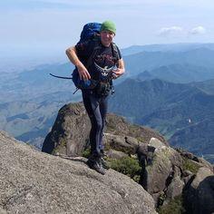 #tiarajufialho #ospreybrasil #trekking Trekking, Mountains, Nature, Travel, Naturaleza, Viajes, Destinations, Traveling, Trips