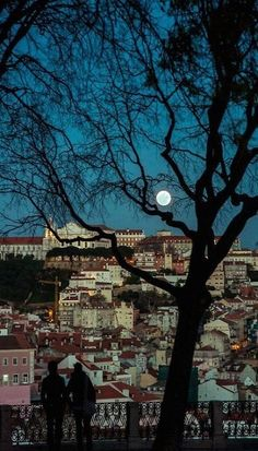 #Lisbon full moon #Portugal