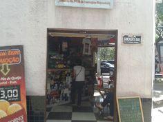 21# Lanchonete Escala: Local