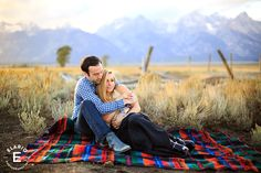 Jacksonhole, WY photos, engagement photo ideas, country photos, rustic anniversary shoot #engagement #outfitideas #rustic