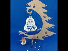 Dzwonek na szydełku 9 cm - ozdoby choinkowe - YouTube Crochet Patterns, Ornaments, Youtube, Christmas Bells, Christmas, Crochet Pattern, Christmas Decorations, Crochet Tutorials, Ornament