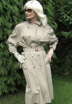 Double Breasted Trench Coat, Burberry Trench, Rain Wear, Raincoat, Top Gun, Aunts, Grey, Latex, Mac