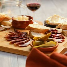 Home Cured Meats Sausage Recipes, Beef Recipes, Cooking Recipes, Meat Recipes For Dinner, Wine Recipes, Charcuterie Recipes, Tasty, Yummy Food, Dehydrated Food
