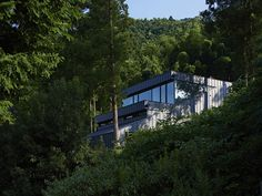 House in Raizan-forest / 雷山の森の住宅 « rhythmdesign