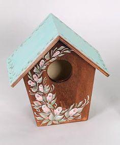 Casita para pájaros decorada con tinte para ebanistería, pintura acrílica Acryl Art y la técnica de la multicarga.