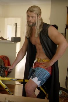 Thor and Darryl Are Back in Yet Another Hilarious Bonus Feature