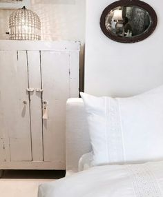 Shabby chic couture store Linen Bedroom, Bedroom Decor, Master Bedroom, Shabby Chic Bedrooms, Shabby Chic Decor, Shabby Chic Farmhouse, Farmhouse Style, Peaceful Bedroom, Shabby Chic Couture