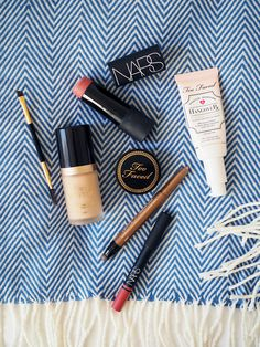 New In / Too Faced / Nars / Foxycheeks