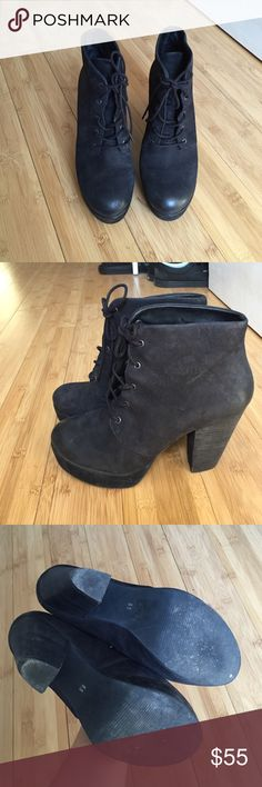 """Steve Madden Raspy Boot Steve Madden boots in great condition. Only wore a couple times. True to size. Platform 1"""" Heel 4"""" Steve Madden Shoes Heeled Boots"""