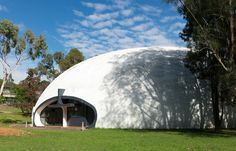 In 1974 the Department of Public Works New South Wales began a comprehensive program of new school buildings using a radical concrete dome technology pioneered by Italian architect Dr Dante Bini.