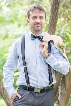 Groom's attire | Karism Photography | see more on: http://burnettsboards.com/2015/02/colonial-vintage-garden-wedding/