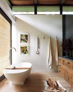 Click image to tour Athena Calderone's master bath. | Photographer / Jason Schmidt
