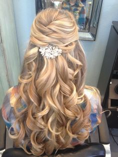 gorgeous curled half up half down wedding hair ~ we ❤ this! moncheribridals.com