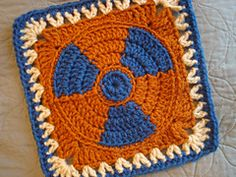 Ravelry: Madame Curie Radioactive Afghan Block pattern by Margaret MacInnis (soooo cooooool! Crochet Squares Afghan, Granny Square Crochet Pattern, Crochet Blocks, Crochet Granny, Granny Squares, Freeform Crochet, Crochet Motif, Crochet Yarn, Crochet Patterns