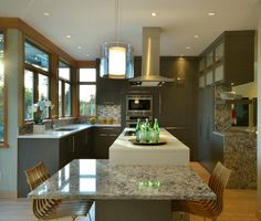 When planning your new kitchen consider including some features to make it a Lifetime Kitchen. Vestabul shows you how. New Kitchen, Kitchen Design, Kitchens, Modern, Table, Furniture, Home Decor, Trendy Tree, Decoration Home